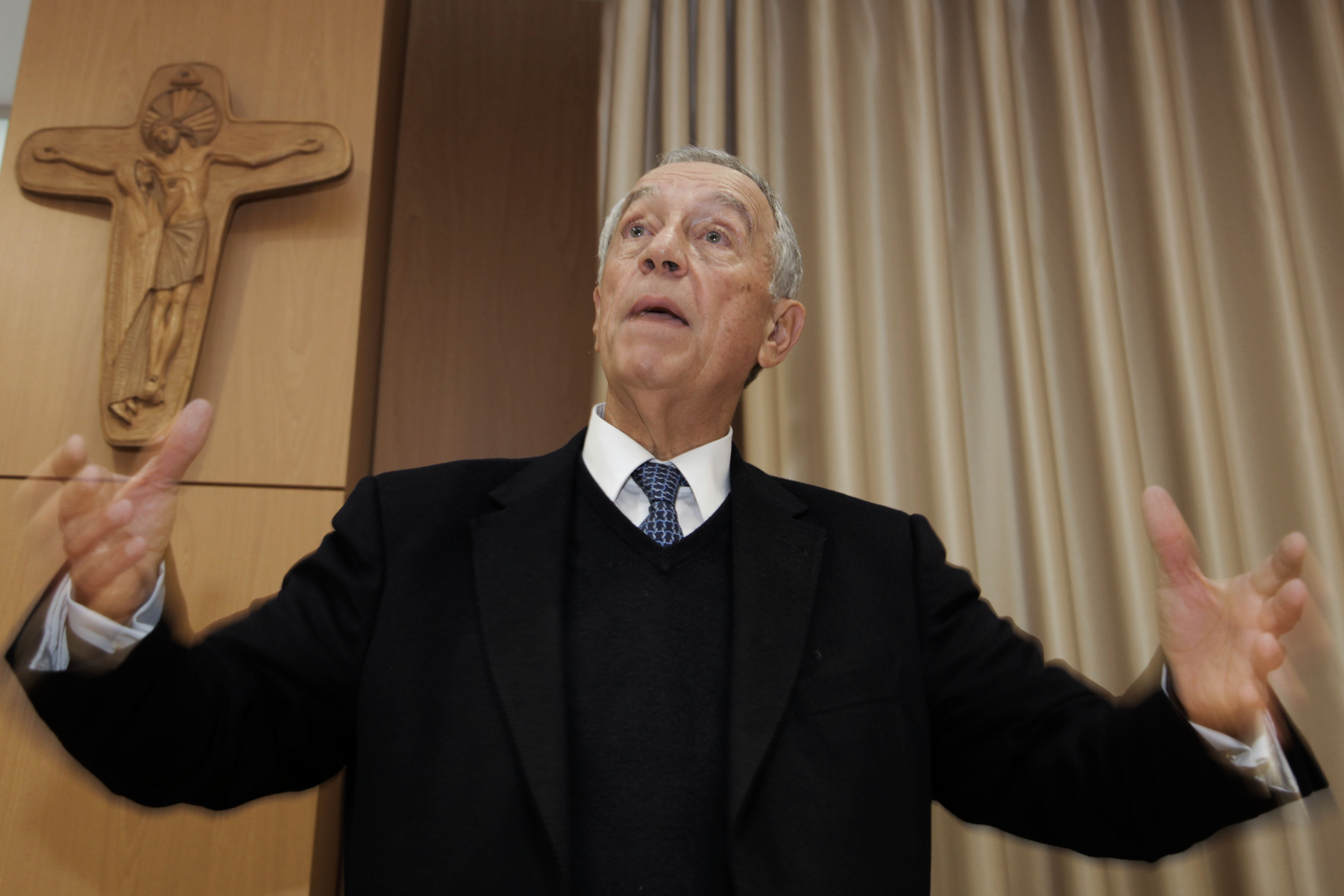 c29aba4d7 O candidato presidencial Marcelo Rebelo de Sousa disse hoje, em Paris,