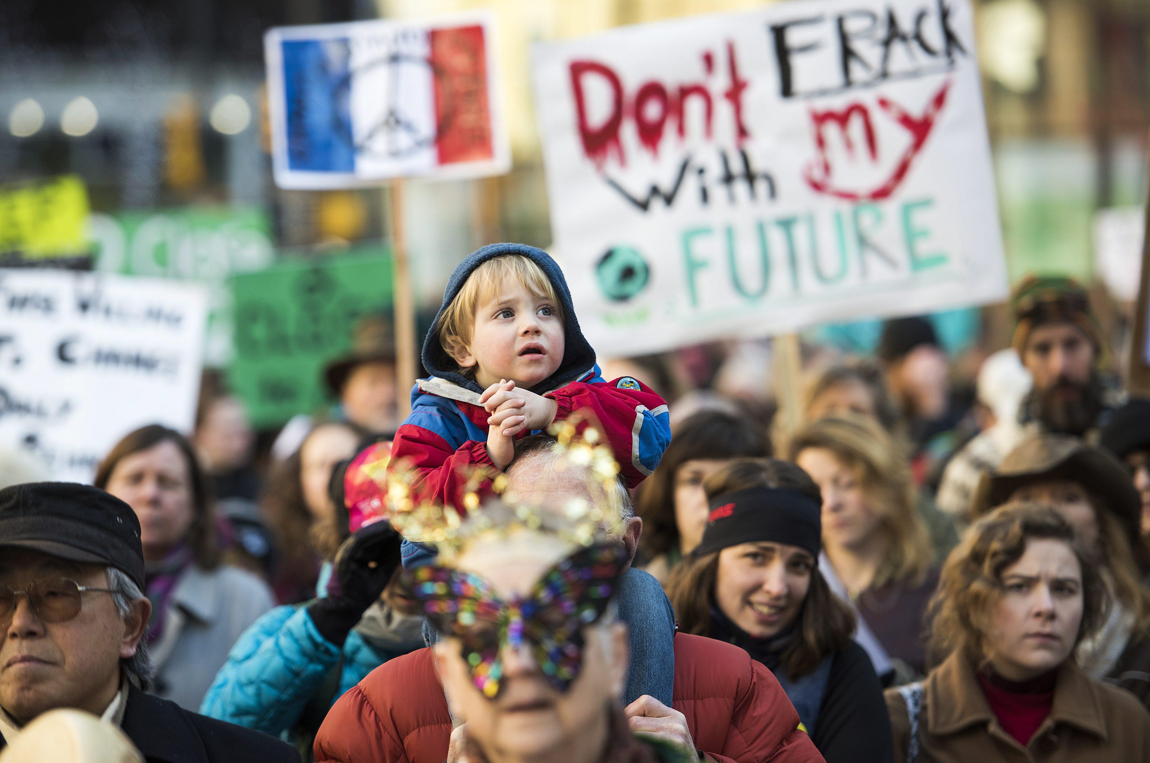 As manifestações globais pelo clima juntaram mais de 785 mil pessoas nos  2.300 eventos realizados em 175 países 4f48d1503854f